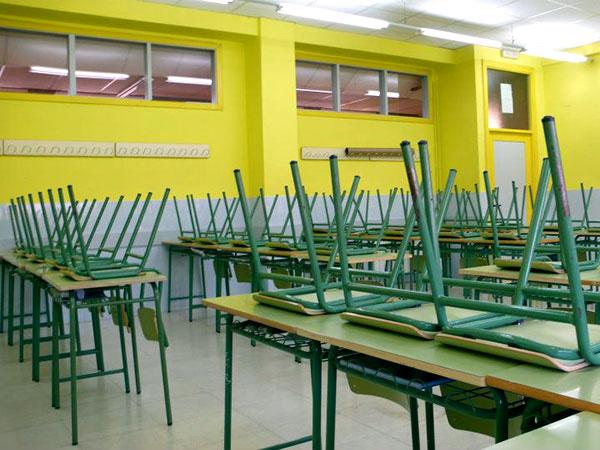 Sala de clases vacía. Crédito El Sol de Iquique